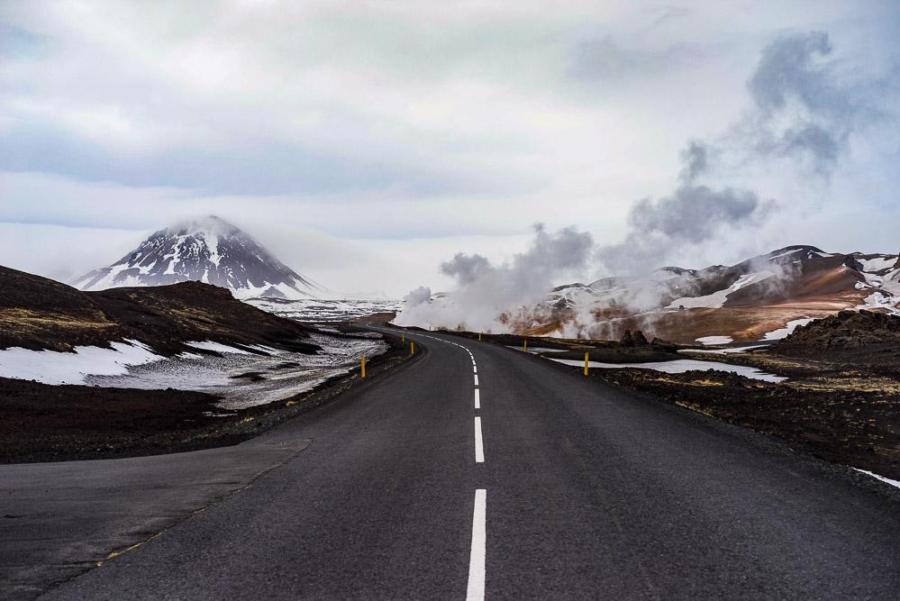 如何在国外合法上路自驾游?国际驾照的基础认识